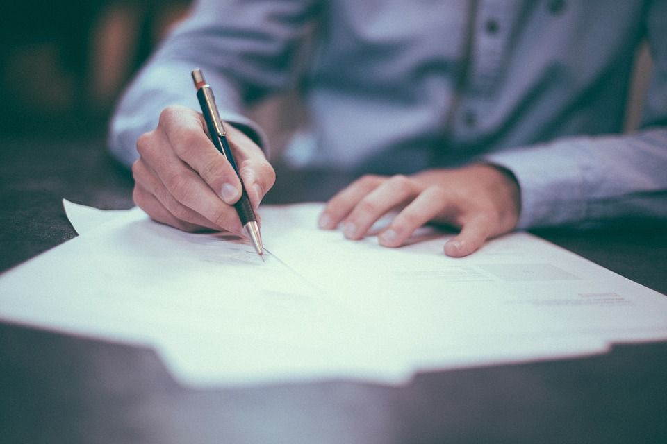 contratos privados